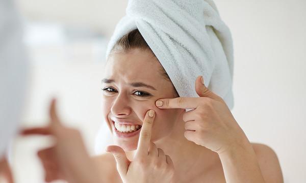 Le traitement de l'acné chez l'adulte
